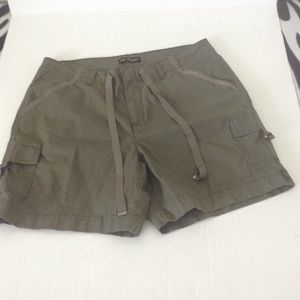 LEE OLVE CAMP SHORTS 12 W NWOT